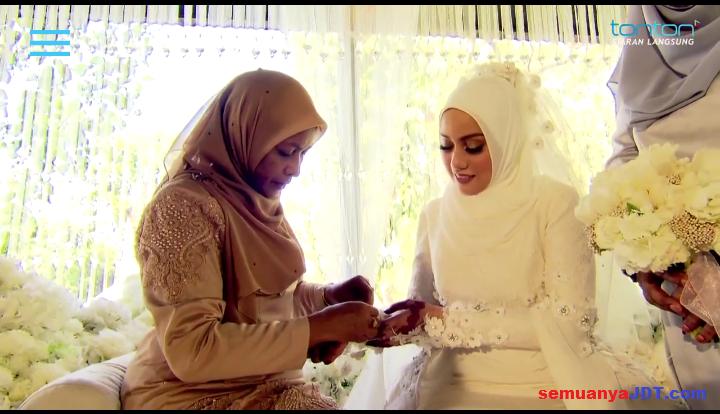 Izham Tarmizi kahwin Mia Ahmad 10