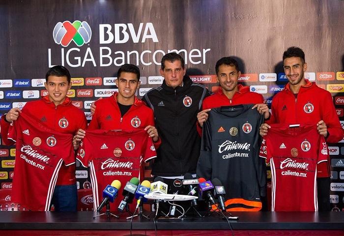 Juan Martin Lucero Bersama Club Barunya Xolos De Tijuana
