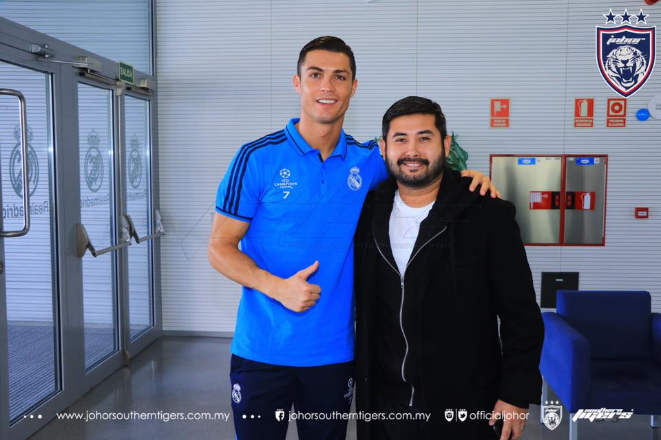 TMJ bersama ronaldo