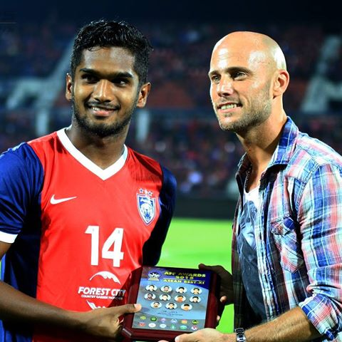 Tahniah Hariss Harun. Asean Best XI - AFF Award 2015. Photo : Hafiz Hassan