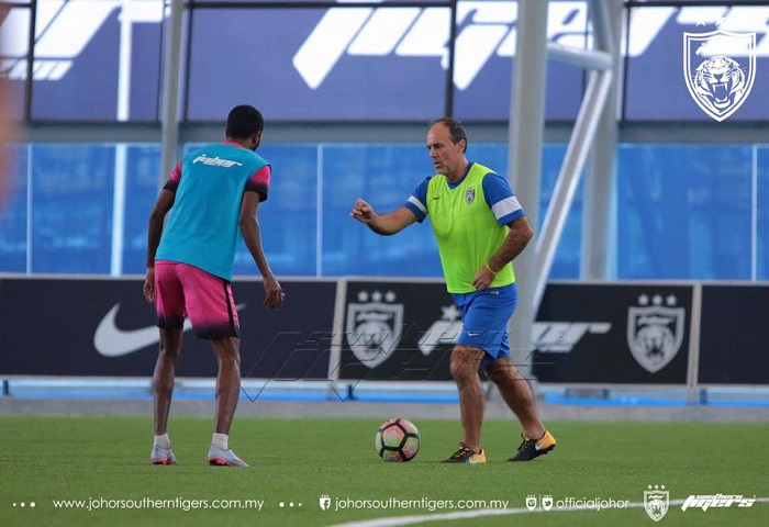 Morais Dan Gopi Training