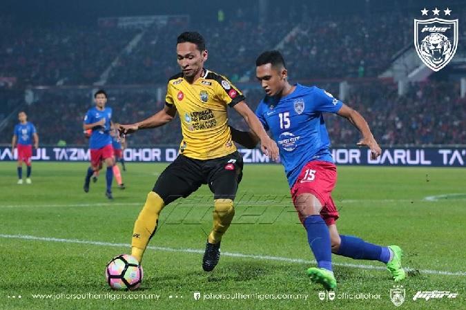 Fazly Mazlan vs Perak