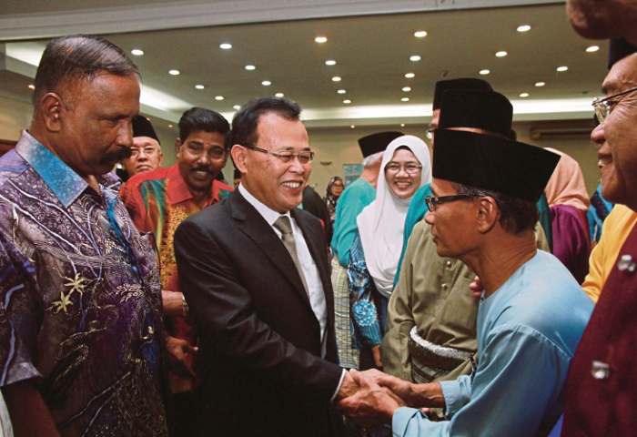 MB Johor Jumpa PM Berkenaan Isu Penangguhan Kereta Api Berkelajuan Tinggi (HSR) Dan Batu Puteh.