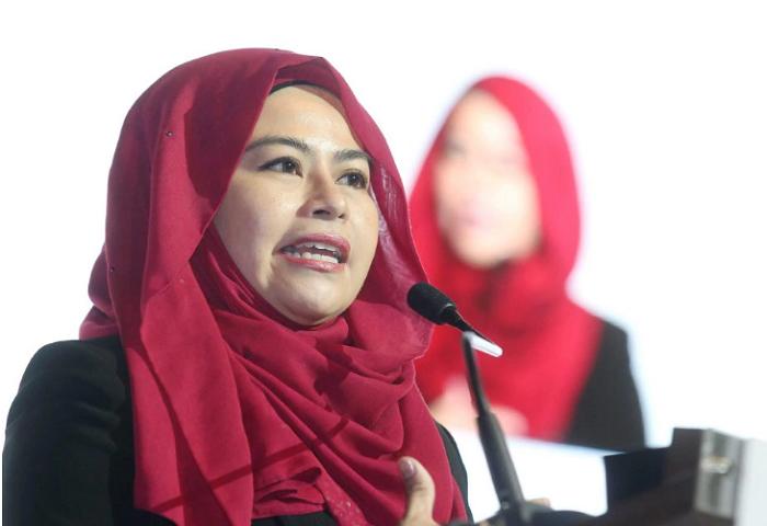 Noraini Ahmad Tanding Ketua Wanita UMNO