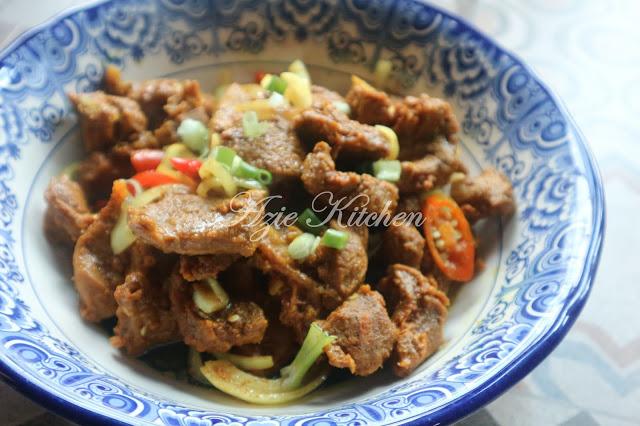 Daging Goreng Kunyit Kelantan Yang Sangat Sedap